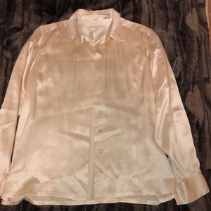 100% Silk Nordstrom Cypress Grove Tailored Blouse